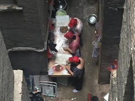 New York City Chinese Restaurant Closes After Photo Surfaces Of Employees Rolling Dumplings In Rat Infested Alley