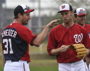 Just two pretty dudes talkin pitching
