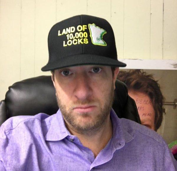 pres-hockey-hair-hat