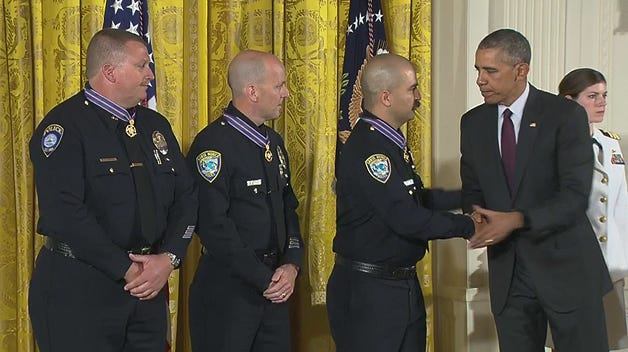 santa-monica-medal-of-valor-handshake
