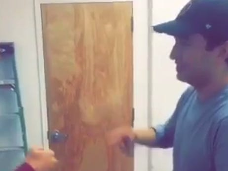 Spags' Rock/Paper/Scissors Form Is One Of The Most Absurd Things I've Ever Witnessed