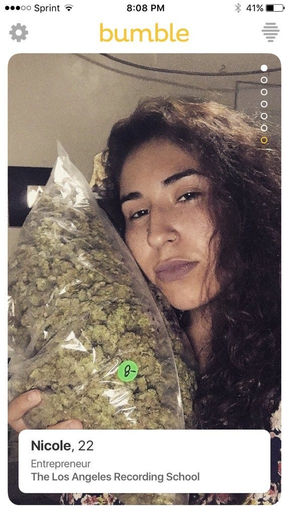 D-wouldswiperightforjusttheweed