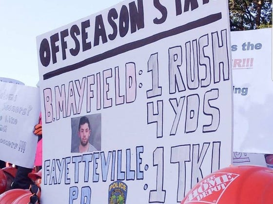 Best GameDay Signs LIVE From Columbus