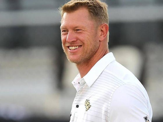 Scott Frost Won Over A 4-Star Recruit And His Mom By Stacking Chairs In An Elementary School Lunch Room