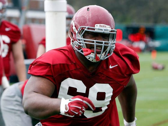 """Alabama DT Joshua Frazier Was Nicknamed """"The Sex Machine"""" By Teammates Because He Wore #69"""