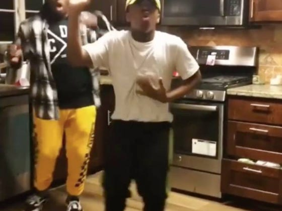 Two Guys Dancing To The Nintendo Wii Home Screen Song Is Easily The Most Entertaining Thing You'll See Today