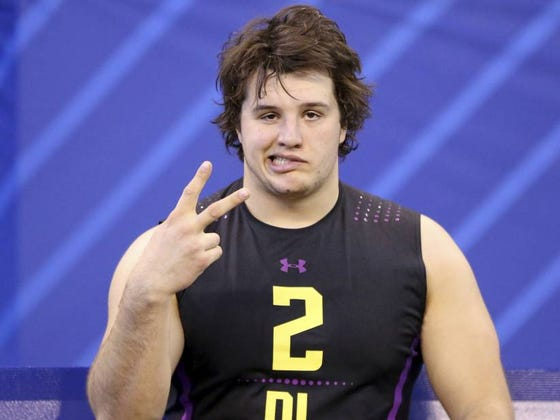 """Jaguars 1st-Round Pick DT Taven Bryan's Middle Name Is """"Coal"""" And Started Working On A Construction Site At 9-Years-Old"""