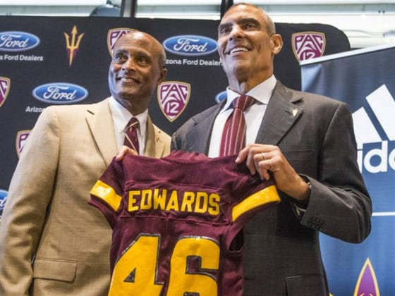 """Herm Edwards Claims He's Never Been Out Of Coaching Because While On TV """"You're Just Coaching America, You're Not Coaching One Team"""""""