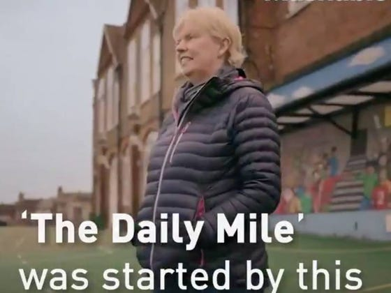 "UK Teacher Takes The Concept Of Recess, Renames It ""The Daily Mile,"" And Is Now Being Called Brilliant"