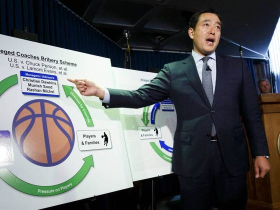 FBI Investigation Into College Hoops Update: Lead Agent Took Money And Gambled While In Vegas