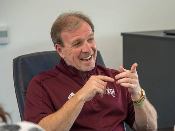 """Jimbo Fisher Is Not A Fan Of His Office Setup Because Kevin Sumlin Made It Like """"A Damn Nightclub"""""""